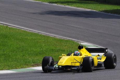 Ferrari geel