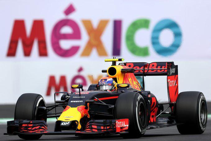 Tijdstraf voor Max Verstappen in Grand Prix Mexico: podium afgepakt van Max | RaceXpress
