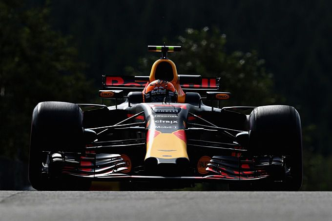 formule 1 vandaag op tv live streaming monza met max verstappen op ziggo sport racexpress. Black Bedroom Furniture Sets. Home Design Ideas