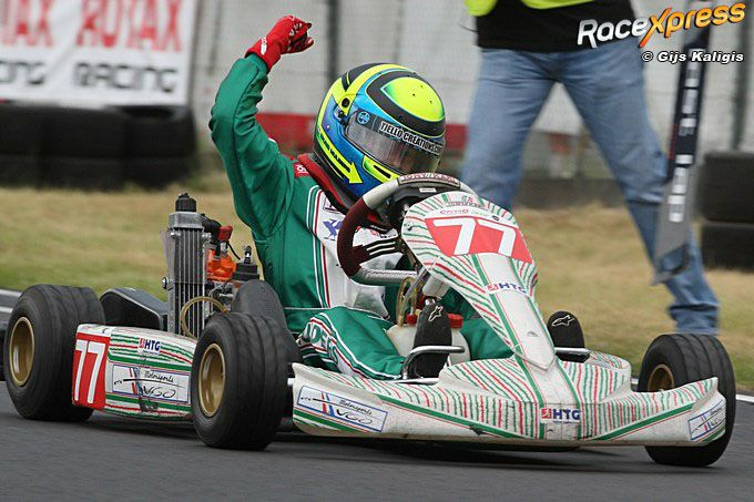 Bruno Smulders wint in Eindhoven NK Micro Max