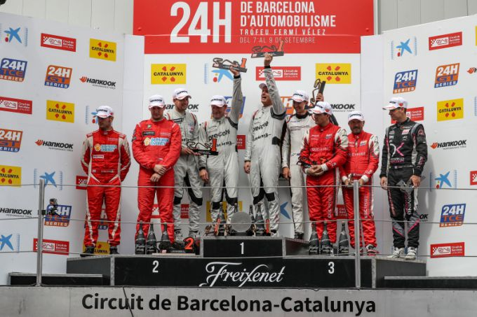 Podium overall GT 24H Barcelona