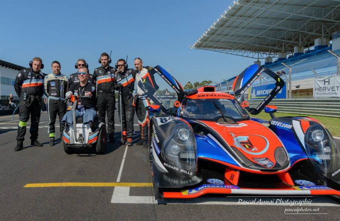 Grederic Sausset teamfoto Road to Le Mans 2019