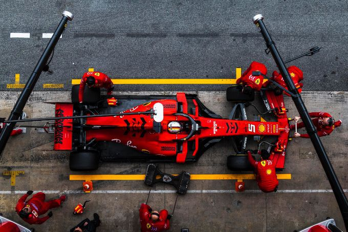 Ferrari SF90 F1 team