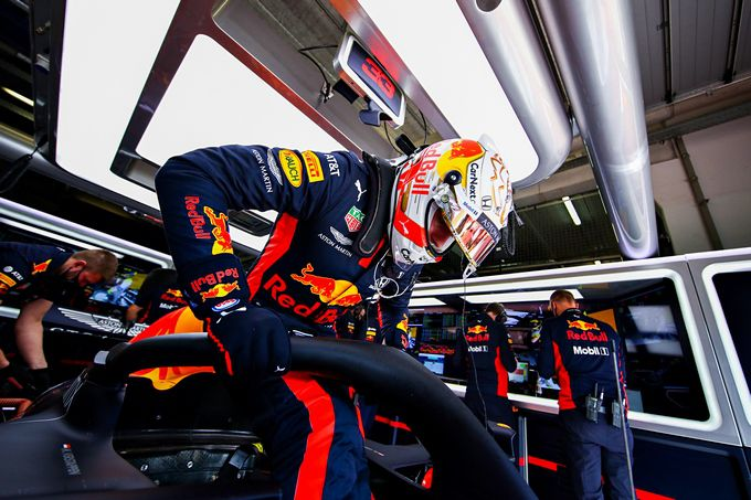 jump in the F1 car Max Verstappen live