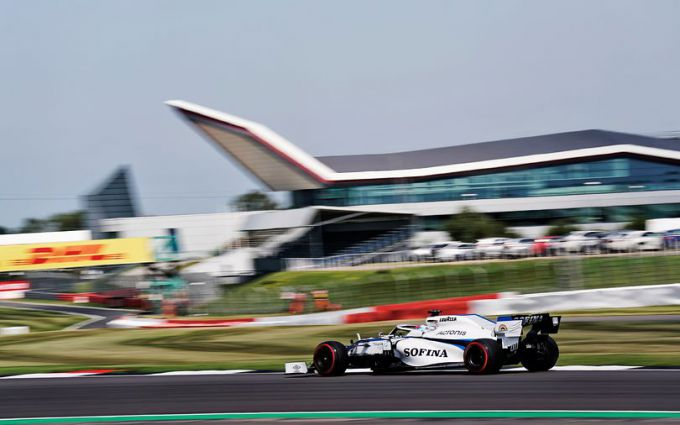 Williams_test_at_Silverstone_70th-williams