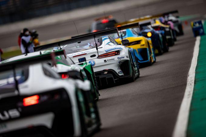 DTM-test in Lusatia: Alexander Albon in Ferrari de snelste ...